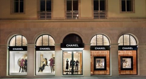 On our tour around Switzerland, today we present what Rue do Rhône offers you and what turns it so enticing.  Luxury Shopping in Geneva: What Rue du Rhône offers you Chanel Boutique Rue do Rh  ne Geneva Basel Shows 480x260