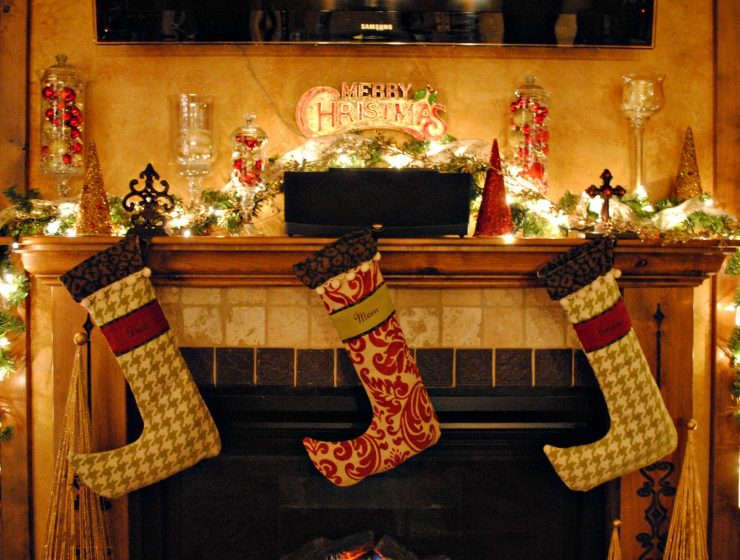 christmas home Some Different Ideas for a Christmas Home christmas home decorations 740x560