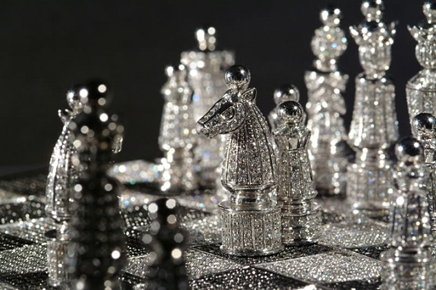 the-most-expensive-diamond-chess5  World's Most Expensive Diamond Chess the most expensive diamond chess5