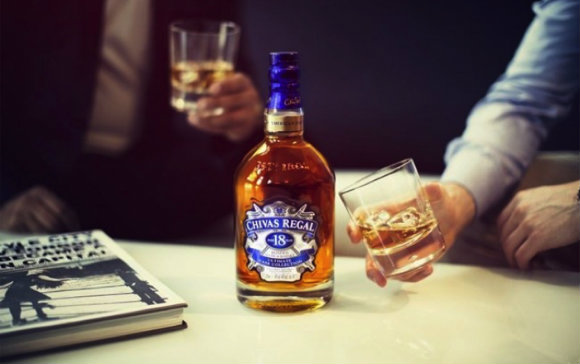 The New Chivas 18 – First Fill American Oak Edition chivas 18 ultimate cask collection