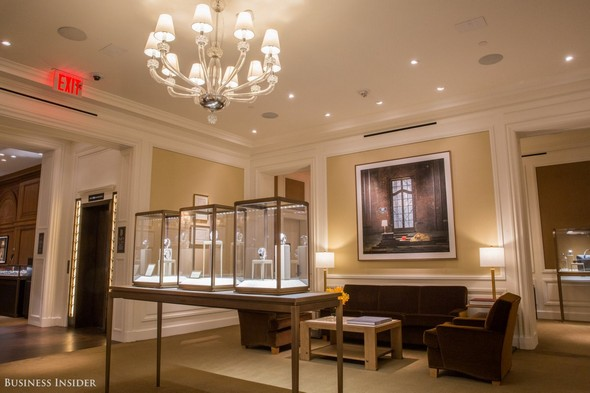 Private Shopping: Visit Cartier Mansion at 5th Avenue Private Shopping Private Shopping: Visit Cartier Mansion at 5th Avenue Private Shopping Visit Cartier Mansion at 5th Avenue 7