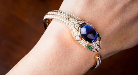 Luxury Watches: Discover New Bulgari Serpenti Secret