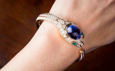 Luxury Watches Discover New Bulgari Serpenti Secret (1)