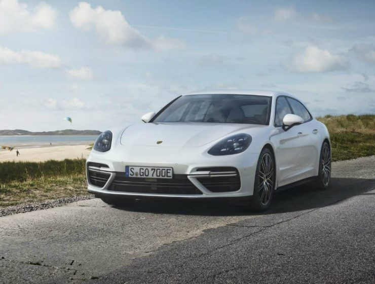 Luxury Cars Meet Porsche Panamera Turbo S E-Hybrid Sport Turismo (1)