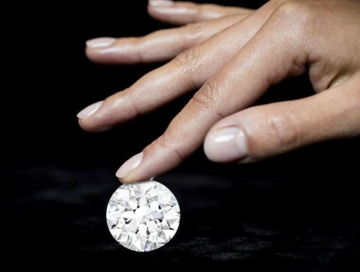 Sotheby Unveils Never Seen White Diamond (1)