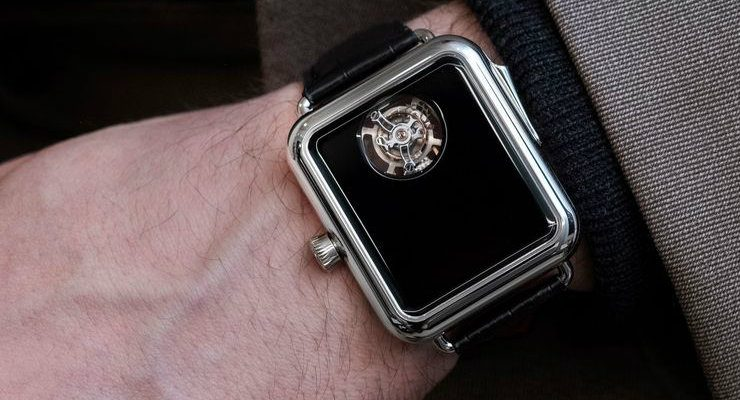 h. moser This H. Moser & Cie Watch is very lookalike an Apple Watch FEATURE 10 740x400