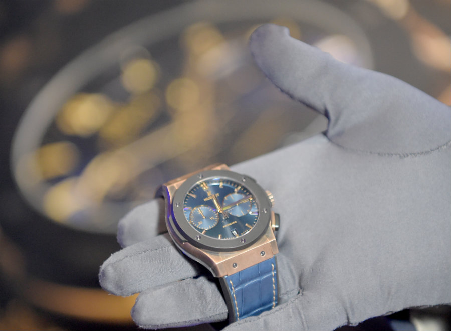 Hublot Classic Fusion A look at the Hublot Classic Fusion Bronze Bucherer Blue Edition IMG2 3