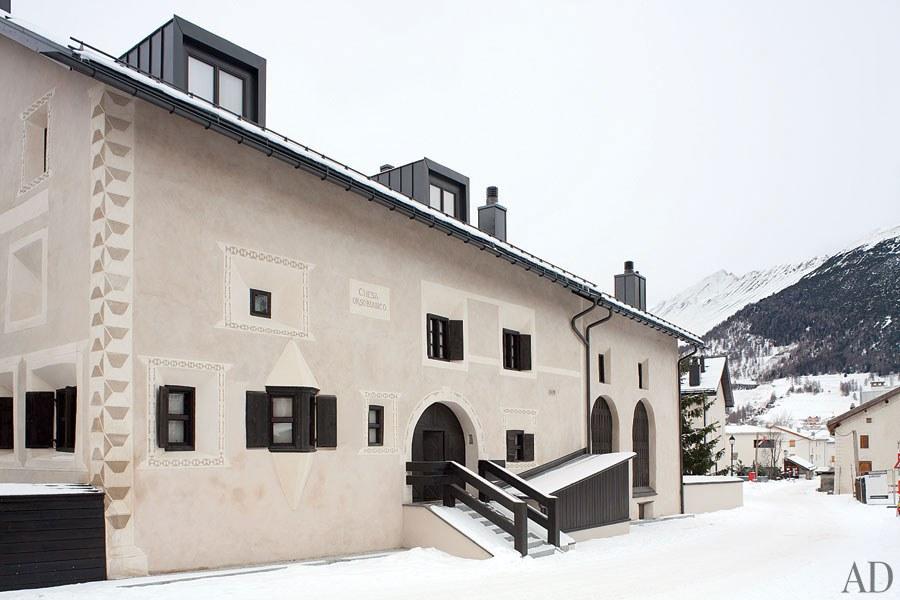 Check out the Giorgio Armani house in Switzerland Giorgio Armani house Check out the Giorgio Armani house in Switzerland entrance