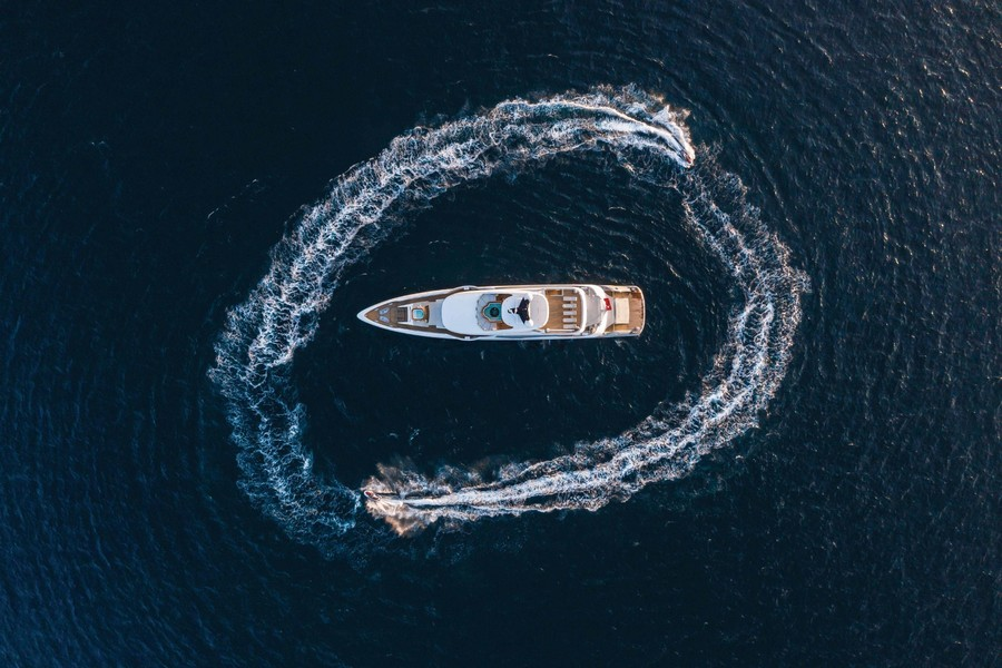 Have a look at this Incredible Luxury Yacht named Lilium luxury yacht Have a look at this Incredible Luxury Yacht named Lilium Have a look at this Incredible Luxury Yacht named Lilium 1