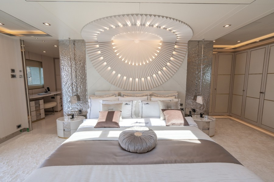 Have a look at this Incredible Luxury Yacht named Lilium luxury yacht Have a look at this Incredible Luxury Yacht named Lilium Have a look at this Incredible Luxury Yacht named Lilium 4