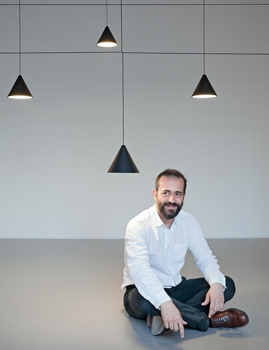 Meet Michael Anastassiades: the Designer of the Year at MO19 michael anastassiades Meet Michael Anastassiades: the Designer of the Year at MO Meet Michael Anastassiades the Designer of the Year at MO19 1